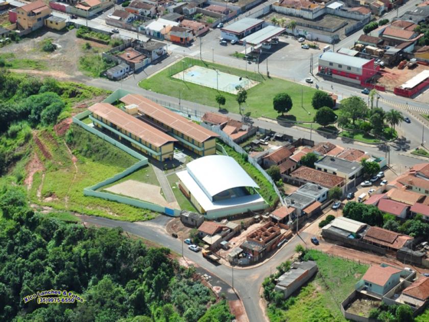 Escola Estadual Paula Frassinetti no bairro São Judas Tadeu