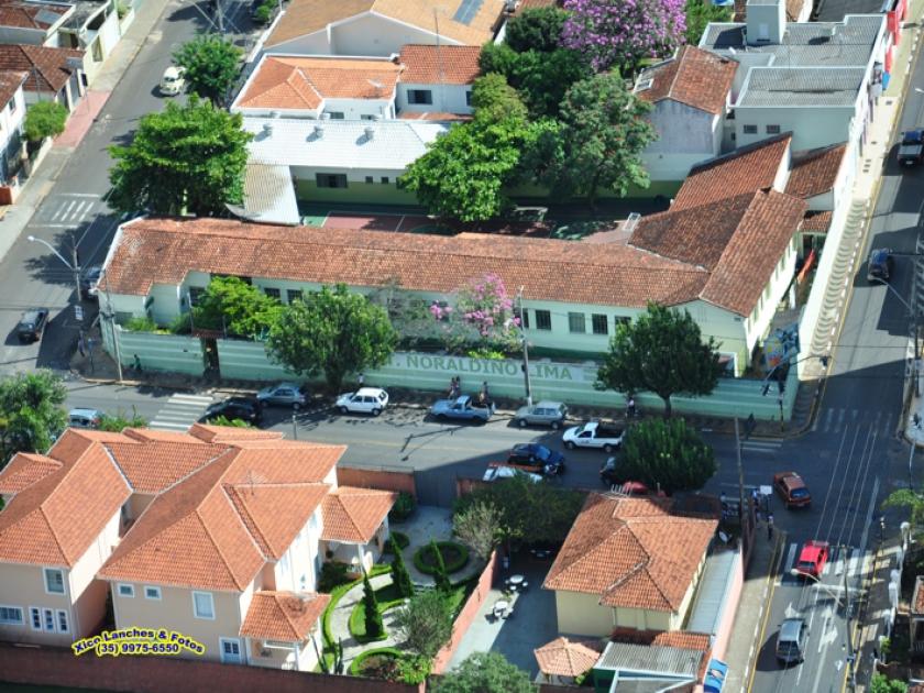 Escola Municipal Noraldino Lima no centro
