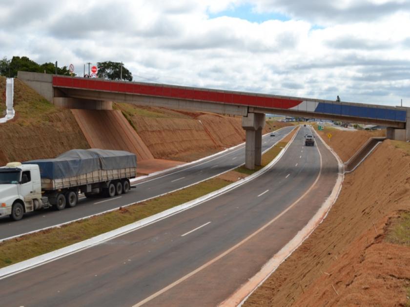 Rodovia BR 491 em São Sebastião do Paraíso