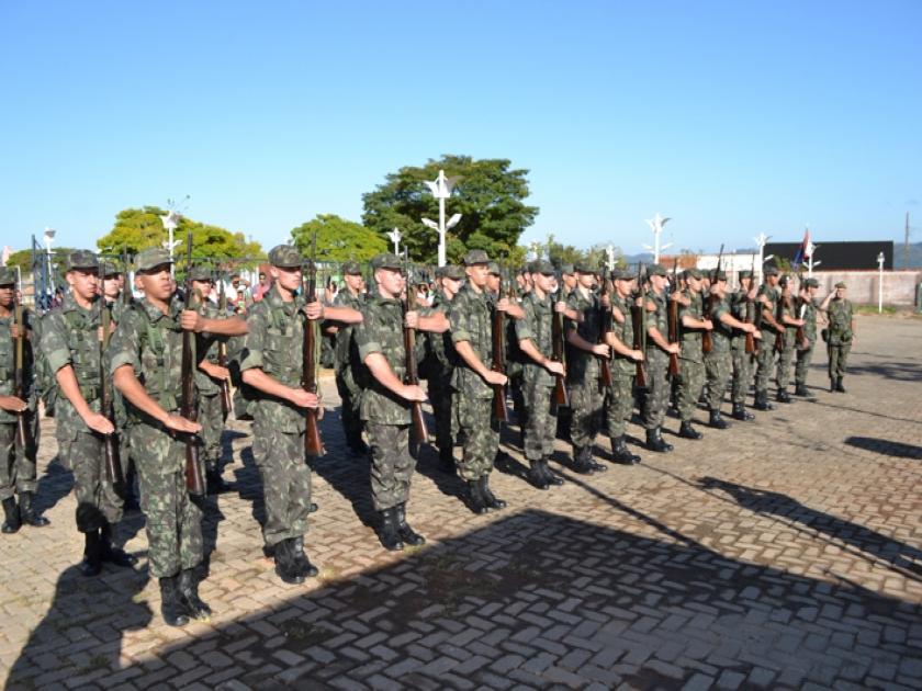 Apresentação do Tiro de Guerra 04.025 de São Sebastião do Paraíso