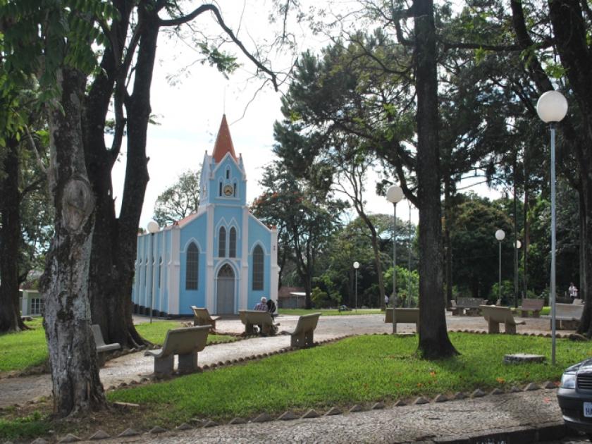 Igreja de Nossa Senhora Aparecida no centro