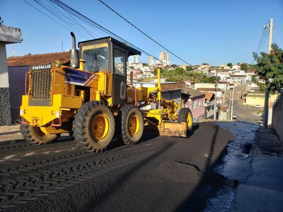 Novos trechos na Vila Santa Maria ganham pavimento