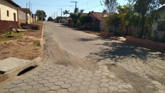 Prefeitura avança no calçamento em Guardinha